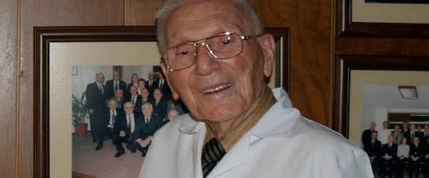 Dünyada önemli bilimsel çalışmalara imza atan Prof. Dr. Rıdvan Ege 92 yaşında hayatını kaybetti. tarihte bugün