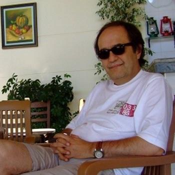 Şair, yazar ve sinemacı Adnan Azar hayatını kaybetti.  tarihte bugün