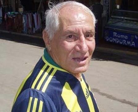 Ordinaryüs lakaplı Türk eski futbolcu ve teknik direktör Lefter Küçükandonyadis 87 yaşında ağır zatürreye bağlı kalp yetmezliğinden vefat etmiştir tarihte bugün