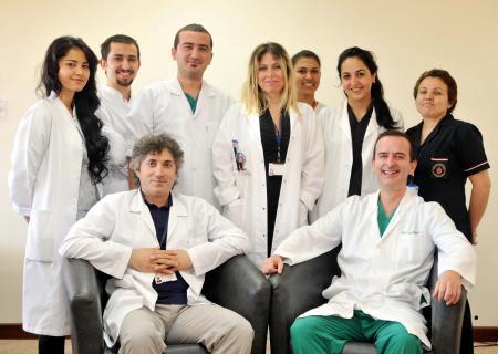 Türkiye'de ilk kez yüz nakli operasyonu yapıldı, dünyada ilk kez bir hastaya aynı operasyonda iki kol ve bir bacak nakledildi. tarihte bugün