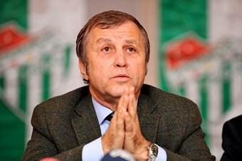 Bursaspor Kulübü Başkanı İbrahim Yazıcı hayatını kaybetti.  tarihte bugün