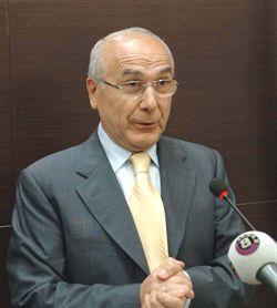 Yolsuzluk iddiaları nedeniyle Adana Büyükşehir Belediye Başkanı Aytaç Durak açığa alındı. tarihte bugün