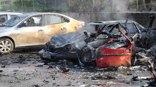 Cilvegözü Sınırkapısı'nda patlama meydana geldi  3'ü Türk 13 kişi hayatını kaybetti tarihte bugün