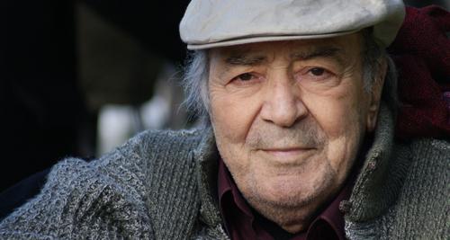 Tiyatro ve sinemanın büyük ustası Erol Günaydın hayatını kaybetti. tarihte bugün