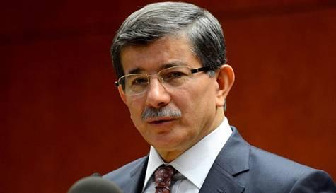 Cumhurbaşkanı seçilen Recep Tayyip Erdoğan AKP'nin yeni genel başkan adayını açıkladı: Dışişleri Bakanı Ahmet Davutoğlu. tarihte bugün