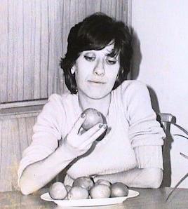 Tiyatro ve sinema oyuncusu Ayşen Gruda tarihte bugün