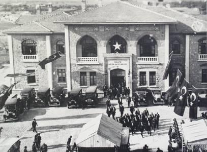 1924 Anayasası kabul edildi tarihte bugün