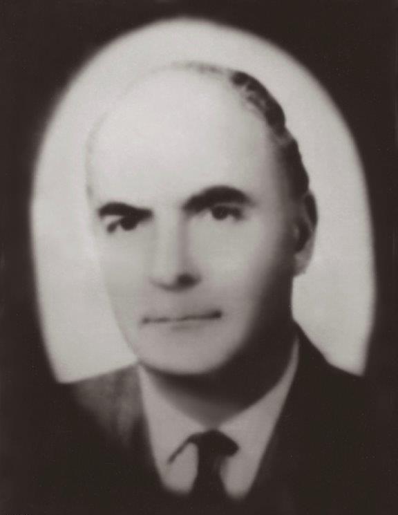 Madrid Büyükelçisi Zeki Kuneralp'in makam aracına yapılan saldırada Zeki Kuneralp'in eşi Necla Kuneralp ile emekli Büyükelçi Beşir Balcıoğlu öldürüldü. Suikastı bir Ermeni örgütü üstlendi. tarihte bugün