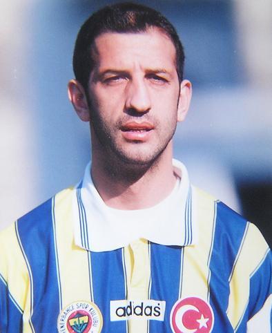 Defans oyuncusu futbolcu Sedat Balkanlı tarihte bugün