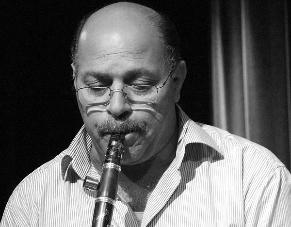 Klarnet virtüözü müzisyen Selim Sesler  tarihte bugün