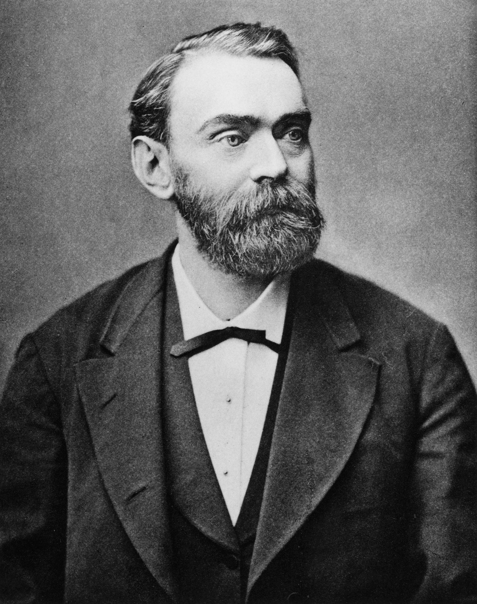 Dinamitin mucidi, vasiyetiyle Nobel Ödülleri'ni başlatan İsveçli kimyacı Alfred Nobel.