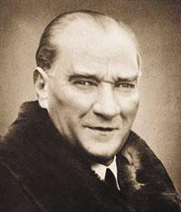 Türkiye Cumhuriyeti'nin kurucusu Mustafa Kemal Atatürk hayatını kaybetti. tarihte bugün