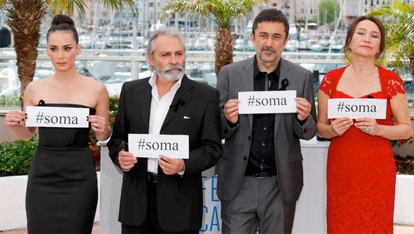 Nuri Bilge Ceylan Kış Uykusu filmi ile 67. Cannes Film Festivali'nde Altın Palmiye ödülünü kazandı. tarihte bugün
