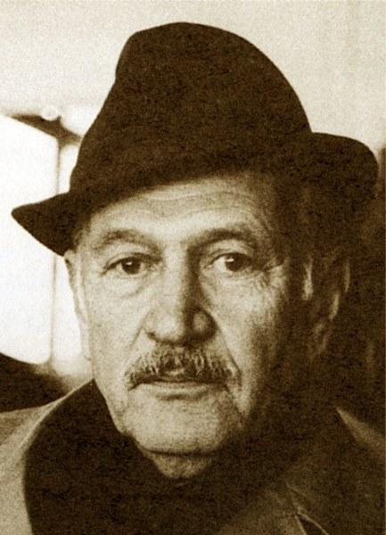 Oktay Rifat Horozcu, Türk şair  tarihte bugün