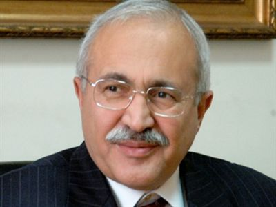 Sivas Valisi Zübeyir Kemelek  tedavi gördüğü İnönü Üniversitesi Turgut Özal Tıp Merkezi'nde hayatını kaybetti.  tarihte bugün