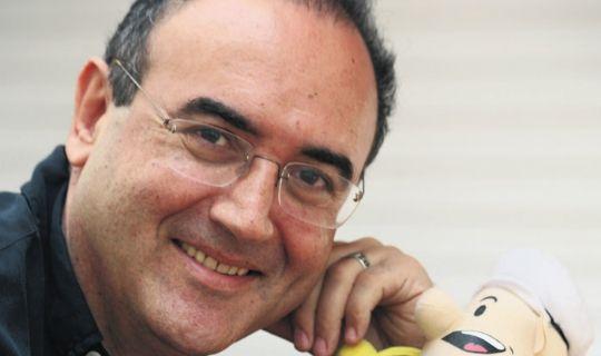 Şair, gazeteci, yazar Sunay Akın tarihte bugün