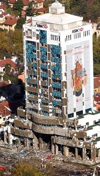 Teröristler istanbulu kana buladı banka ve konsolosluğa saldırı