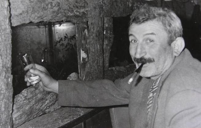 Tiyatrocu Salih Tozan öldü