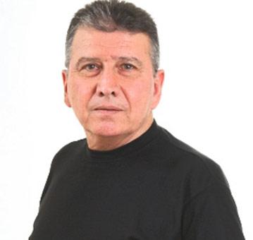 Tiyatrocu Volkan Saraçoğlu hayatını kaybetti. Bir Demet Tiyatro'da Numan karakteri ile tanınıyordu. tarihte bugün