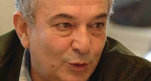 Oyun ve senaryo yazarı, yönetmen, oyuncu Başar Sabuncu hayatını kaybetti. tarihte bugün