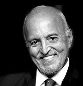 Ünlü gazeteci, haberin efsane isimlerinden anchorman Mehmet Ali Birand hayatını kaybetti. tarihte bugün
