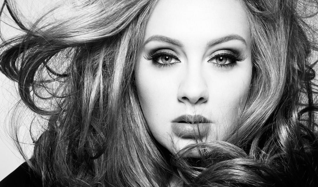 Adele, ingiliz şarkıcı, söz yazarı tarihte bugün