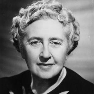 Agatha Christie, ingiliz yazar (DY-1890) tarihte bugün