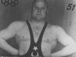 Ahmet Kireççi, 1948 Londra Olimpiyat Oyunları şampiyonu, güreşçi (ÖY-1979) tarihte bugün