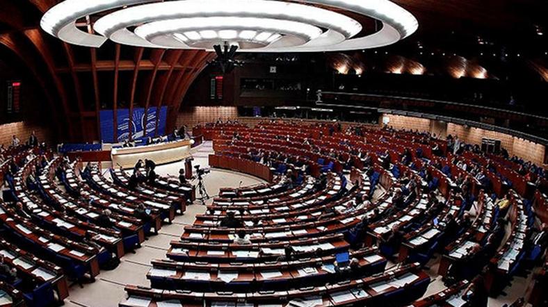 Avrupa Konseyi Parlamenterler Meclisi, Türkiye'yi siyasi denetim altına alma kararı verdi. Türkiye, 13 yıl sonra yeniden siyasi denetime alındı. tarihte bugün