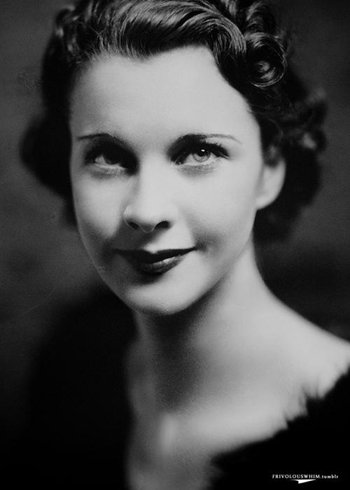 Vivien Leigh, ingiliz aktris (DY-1913) tarihte bugün