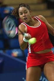 Alexandra Stevenson, Amerikalı tenis oyuncusu tarihte bugün