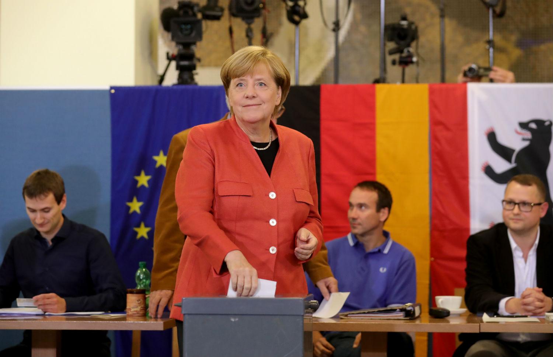 Almanya Seçimleri Angela Merkel Dördüncü Kez Kazandı