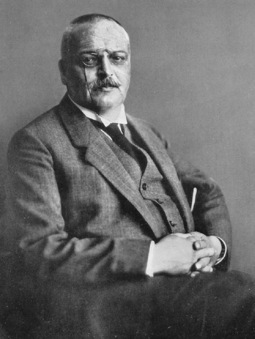 Alois Alzheimer,  Alzheimer hastalığını bulan Alman sinir hastalıkları uzmanı (DY-1864) tarihte bugün