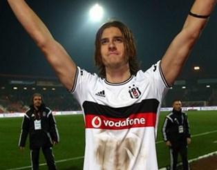 Atınç Nukan, futbolcu tarihte bugün