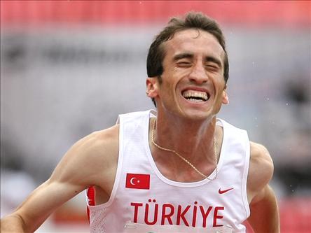 Halil Akkaş, Türk atlet tarihte bugün