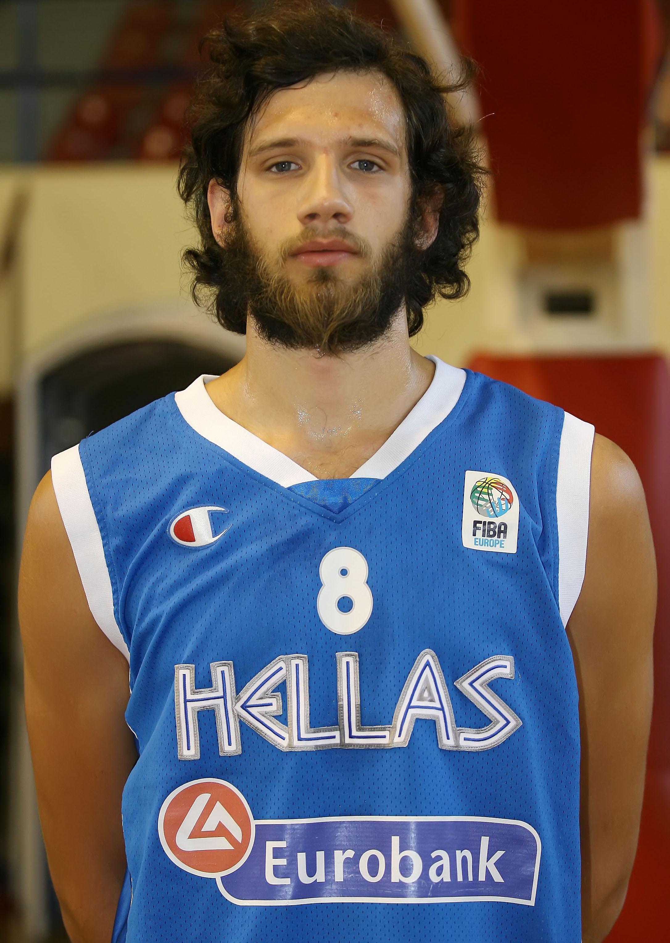 Charis Giannopoulos, Yunan basketbolcu