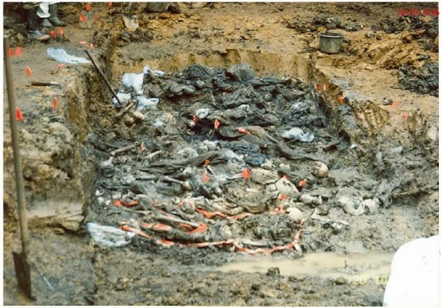 Bosna Soykırımı Srebrenitsa Katliamı