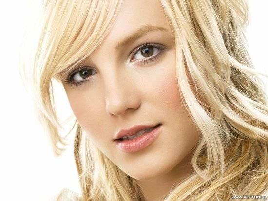 Britney Spears Amerikalı pop müzik şarkıcısı, söz yazarı, oyuncu tarihte bugün