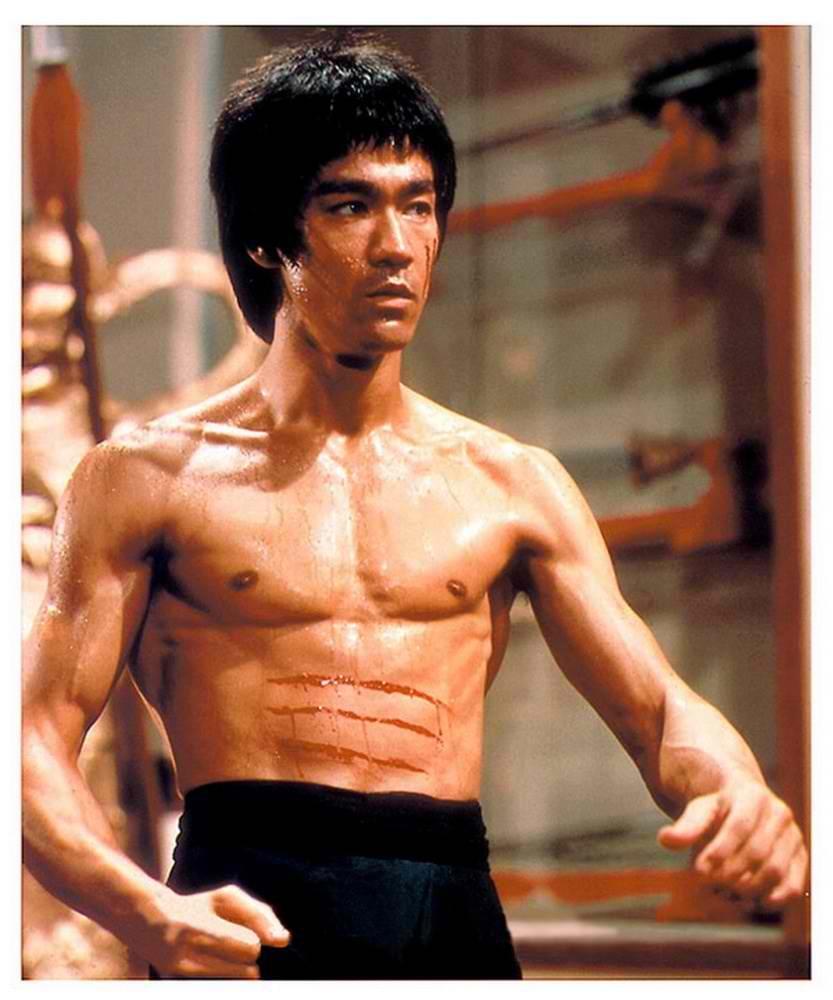 Bruce Lee, Dövüş ustası, kareteci, Çin asıllı Amerikalı aktör, dövüş sanatları eğitmeni (DY-1940) tarihte bugün