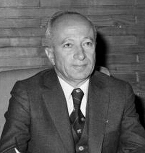 12 Eylül 1980 Askeri Darbesi'nde Başbakan olan Saim Bülend Ulusu 92 yaşında hayatını kaybetti tarihte bugün