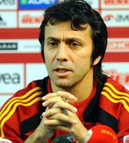 Bülent Korkmaz, eski milli futbolcu ve teknik direktör tarihte bugün