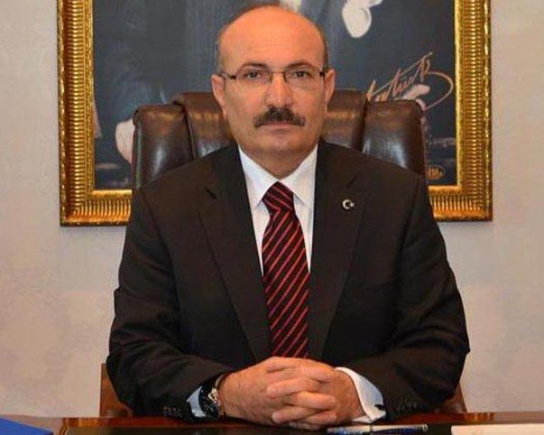 Antalya'da, FETÖ'ye yönelik soruşturma kapsamında gözaltında olan Burdur eski valisi Hasan Kürklü tutuklandı. tarihte bugün