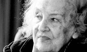 Cahit Uçuk, Cumhuriyet dönemi ilk kadın yazarlarından (DY-1911) tarihte bugün