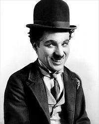 Aktör Charlie Chaplin terkettiği Amerikada