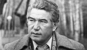 Cengiz Aytmatov, Kırgız yazar (ÖY-2008) tarihte bugün