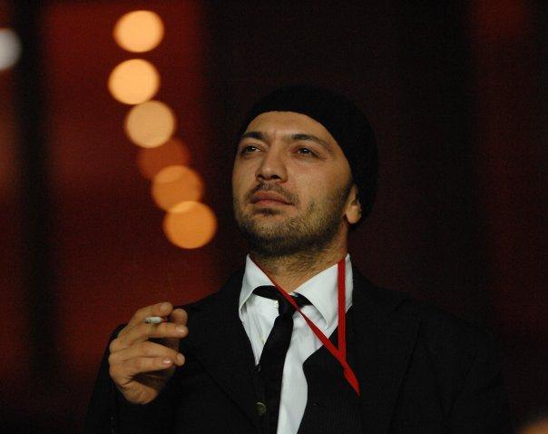 Ceyhun Yılmaz, şair, komedyen tarihte bugün