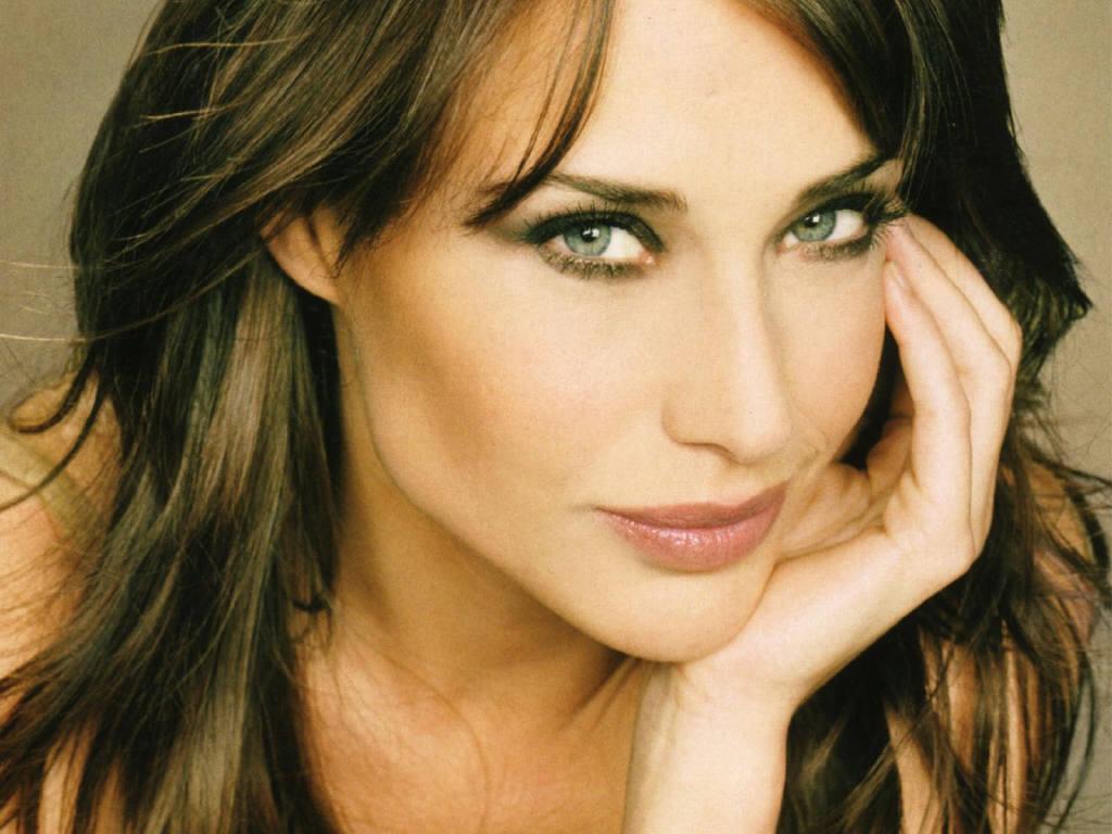 Claire Forlani, ingiliz aktris