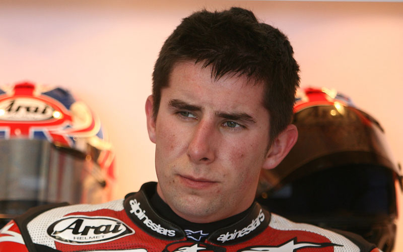 Craig Jones, motosiklet yarışçısı (DY-1985) tarihte bugün