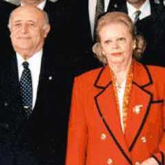 9. Cumhurbaşkanı Süleyman Demirel'in eşi Nazmiye Demirel, 86 yaşında yaşamını yitirdi. tarihte bugün
