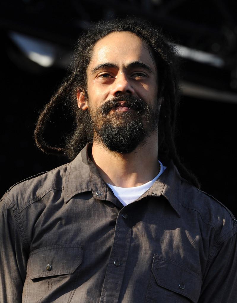 Damian Marley, Jamaikalı reggae şarkıcısı tarihte bugün